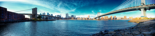 Bridging the East River by Randy Wick / © Some rights reserved.